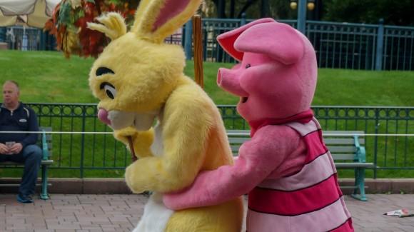 Piglet Burping Rabbit. Halloween in Disneyland Paris