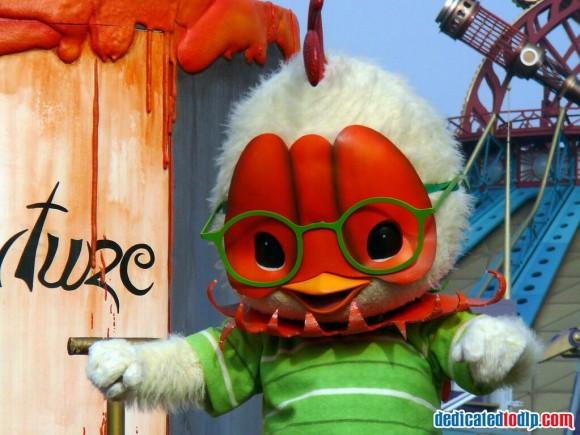 Chicken Little in the Disneyland Paris Halloween Cavalcade