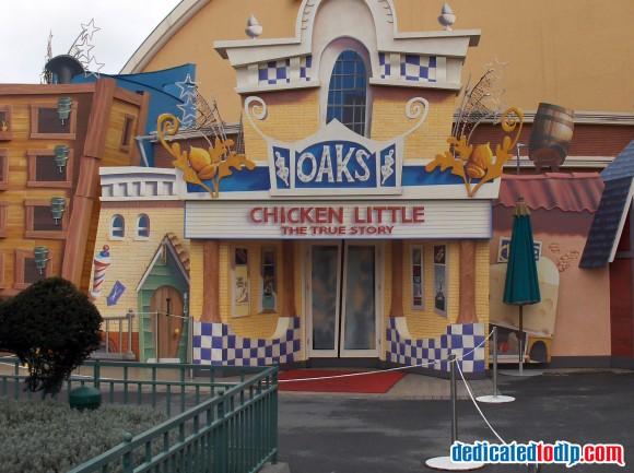 Chicken Little Character Location Walt Disney Studios Parade, Disneyland Paris