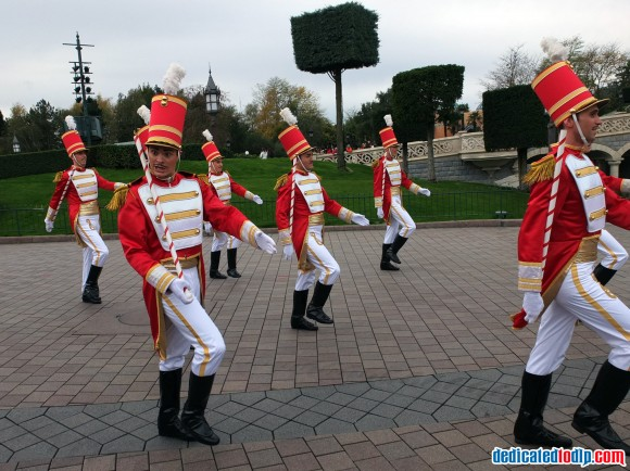 Toy Soldiers in the Christmas Cavalcade in Disneyland Paris