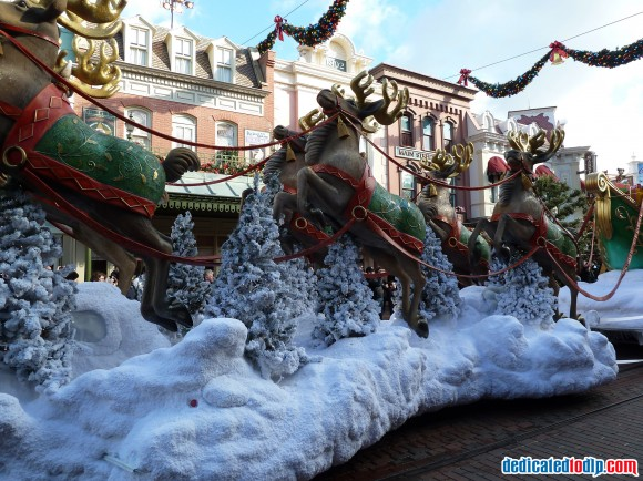 Reindeer in the Christmas Cavalcade in Disneyland Paris