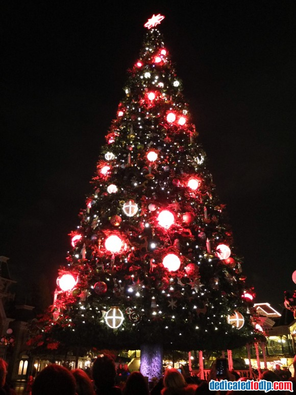 Magical Christmas Wishes in Disneyland Paris