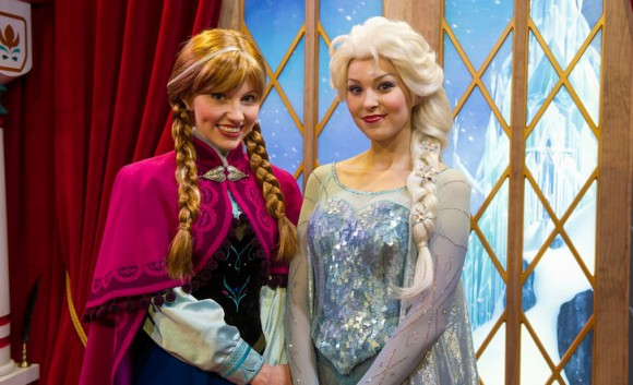 Anna & Elsa Coming to Disneyland Paris