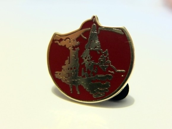 Disneyland Paris Magical Memorabilia: A 1991 Euro Disneyland Imagineer Pin