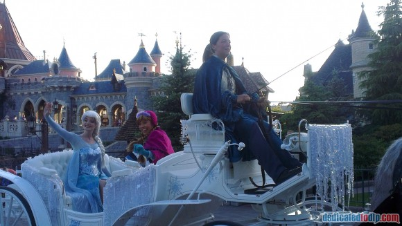 Disneyland Paris Frozen Summer Fun Season Review - A Royal Welcome