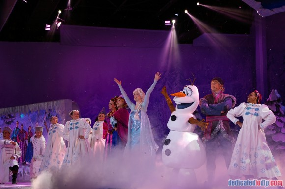 Disneyland Paris Frozen Summer Fun Season Review - Frozen-Sing-along