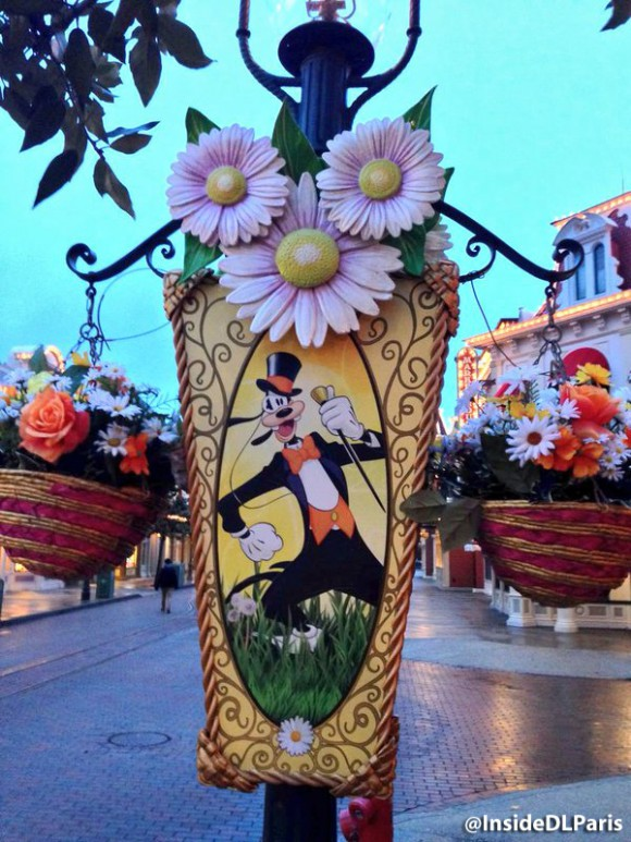 Disneyland Paris Spring 2016 decorations - lamp post character banners