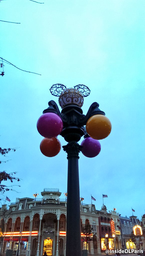 Disneyland Paris Spring 2016 decorations - coloured street lights
