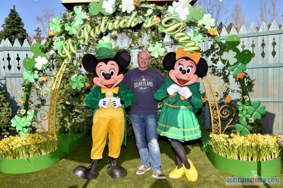 Meeting Mickey and Minnie in Disneyland Paris