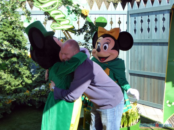 Hugs with Mickey and Minnie in Disneyland Paris