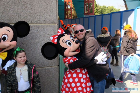 Hugs with Minnie Mouse in Disneyland Paris