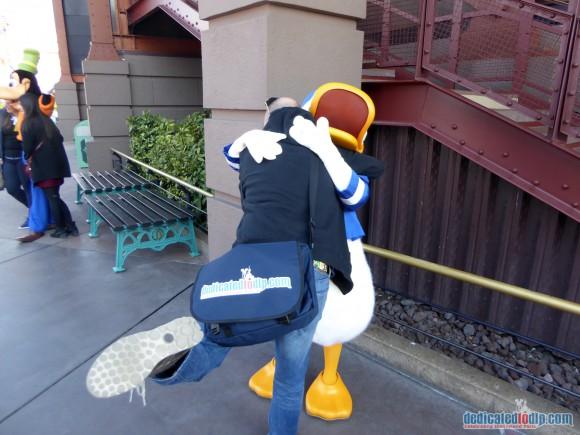 Huge with Donald Duck in Disneyland Paris