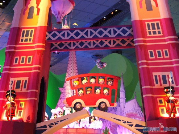 Disneyland Paris Photo Friday: Newly refurbished it's a small world