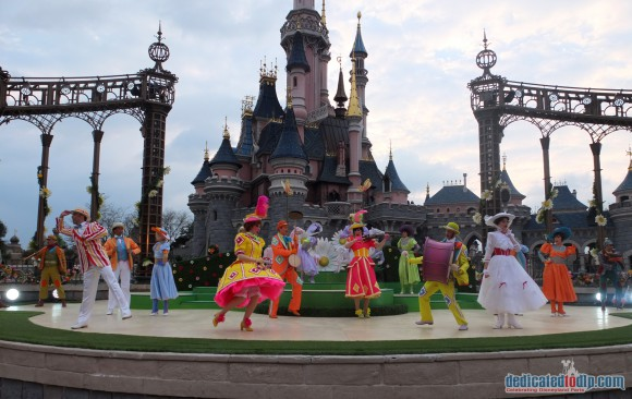 Disneyland Paris Review: Swing into Spring 2016 - Welcome to Spring