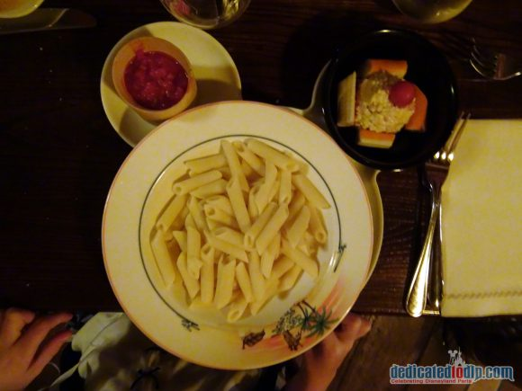 Disneyland Paris Restaurant Review: The Blue Lagoon - Lumpfish Salad and Penne Vegetable Bolognese