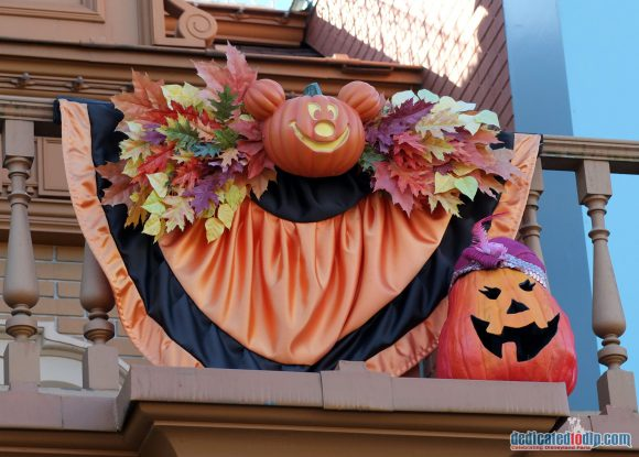 Disneyland Paris Halloween 2016: Decorations
