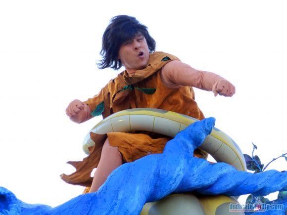 Disney Stars on Parade Float 3 - Discover Adventure