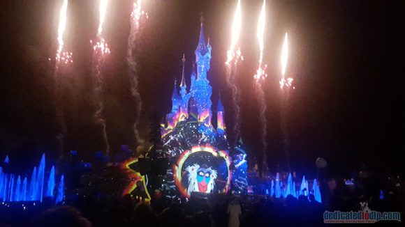 Disneyland Paris 25th Anniversary Review: Disney Illuminations - The Lion King