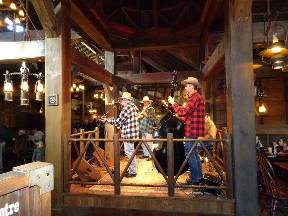 Cowboy Cookout BBQ in Disneyland Paris