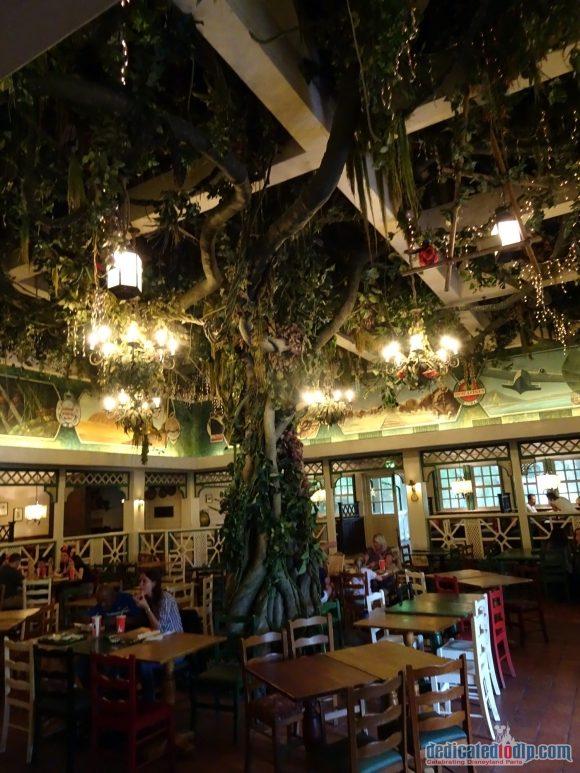 Colonel Hathi's Pizza Outpost in Disneyland Paris