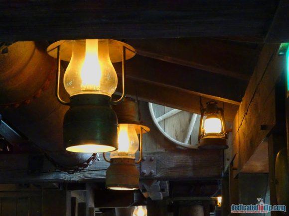 Lights in Big Thunder Mountain in Disneyland Paris