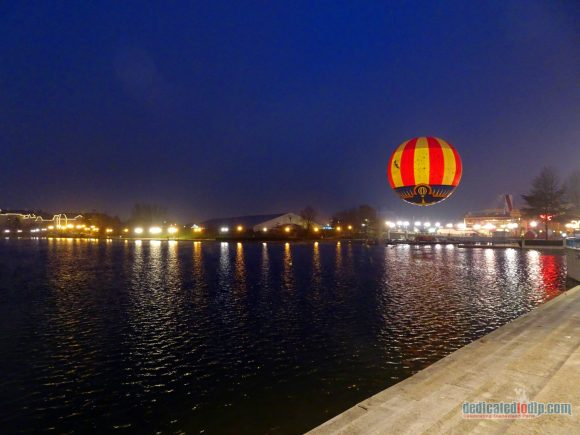 An Early Morning Photo Walk from Hotel Cheyenne to Disneyland Park in Disneyland Paris - Lake Disney