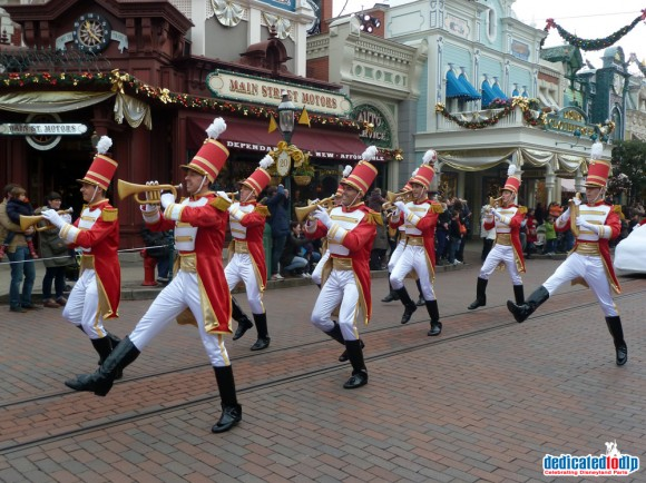 Disney's Enchanted Christmas 2012, Disneyland Paris: The Christmas Cavalcade