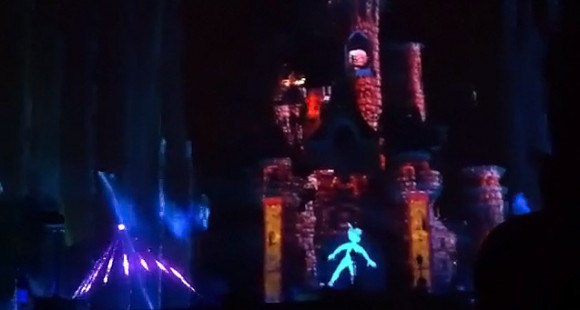 Videos of the New Brave & Lion King Scenes from Dreams! in Disneyland Paris