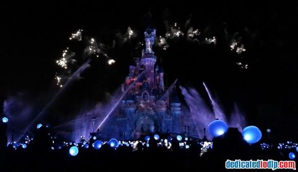 Olaf in Disney Dreams! of Christmas in Disneyland Paris