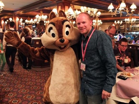 Meeting Characters at the Frozen Summer Fun Dinner in Disneyland Paris